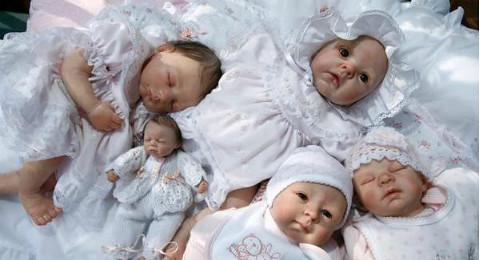 bebe reborn poupee et enfant